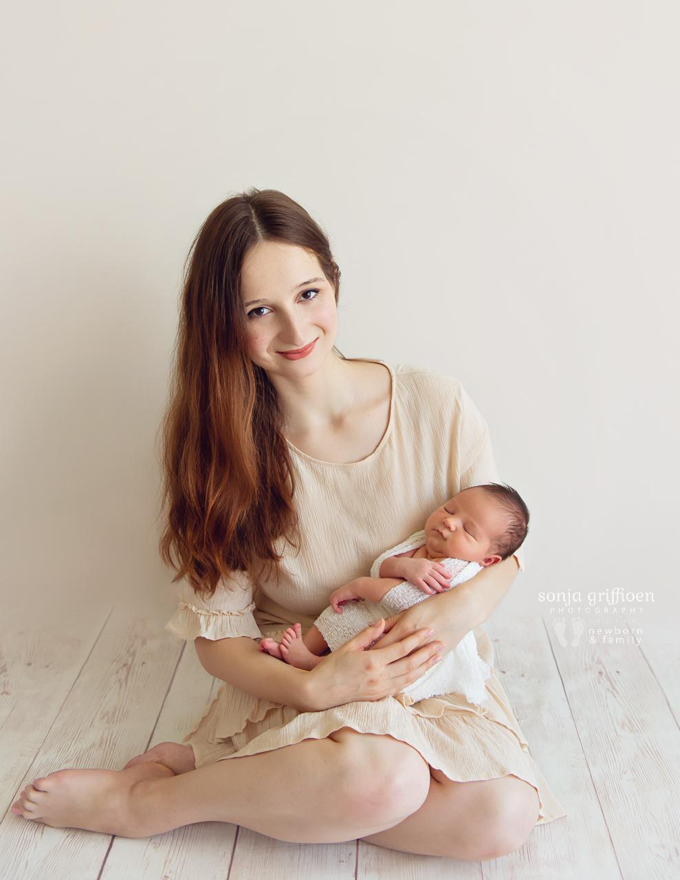 George-Newborn-Brisbane-Newborn-Photographer-Sonja-Griffioen-02.jpg