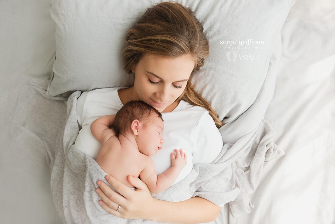 Gwen-Newborn-Brisbane-Newborn-Photographer-Sonja-Griffioen-01.jpg