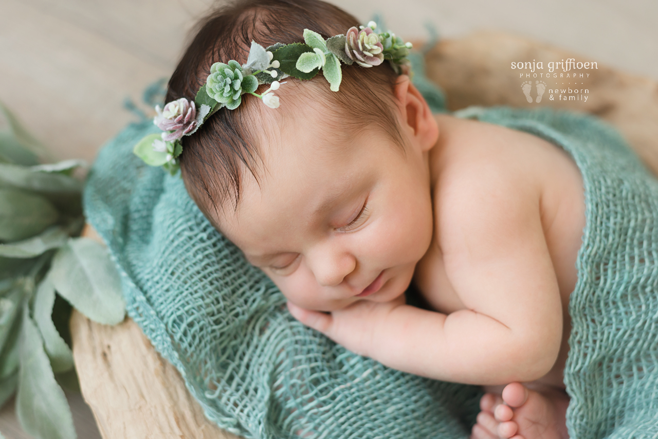 Gwen-Newborn-Brisbane-Newborn-Photographer-Sonja-Griffioen-07.jpg