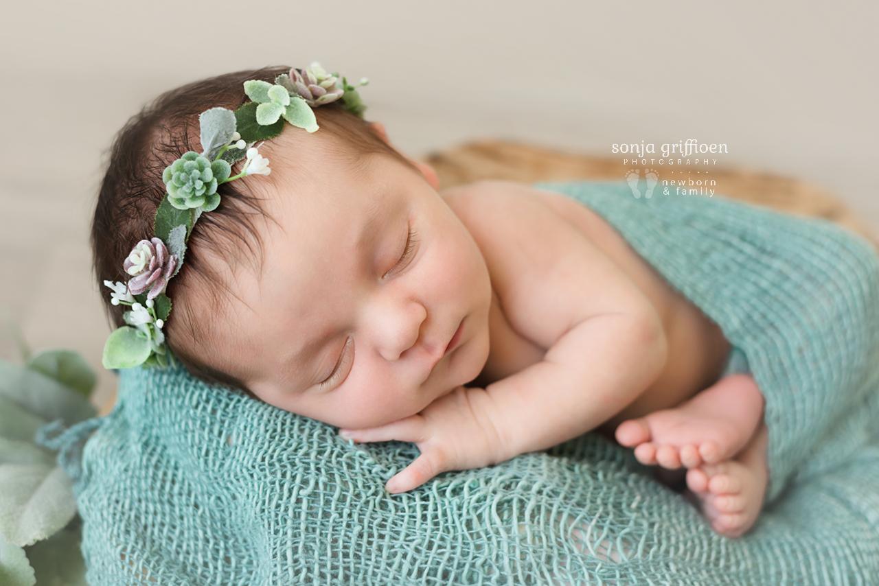 Gwen-Newborn-Brisbane-Newborn-Photographer-Sonja-Griffioen-08.jpg