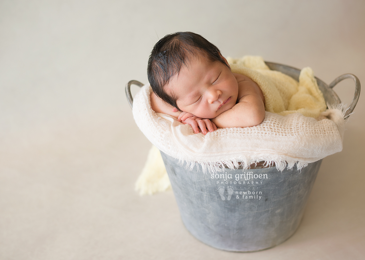 Harriet-Newborn-Brisbane-Newborn-Photographer-Sonja-Griffioen-01.jpg