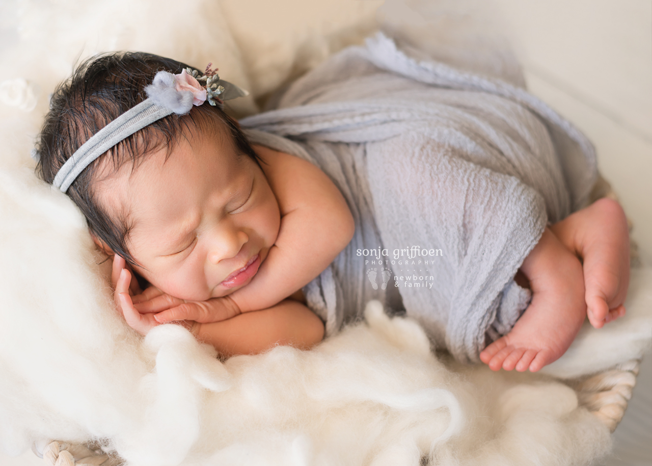 Harriet-Newborn-Brisbane-Newborn-Photographer-Sonja-Griffioen-07.jpg