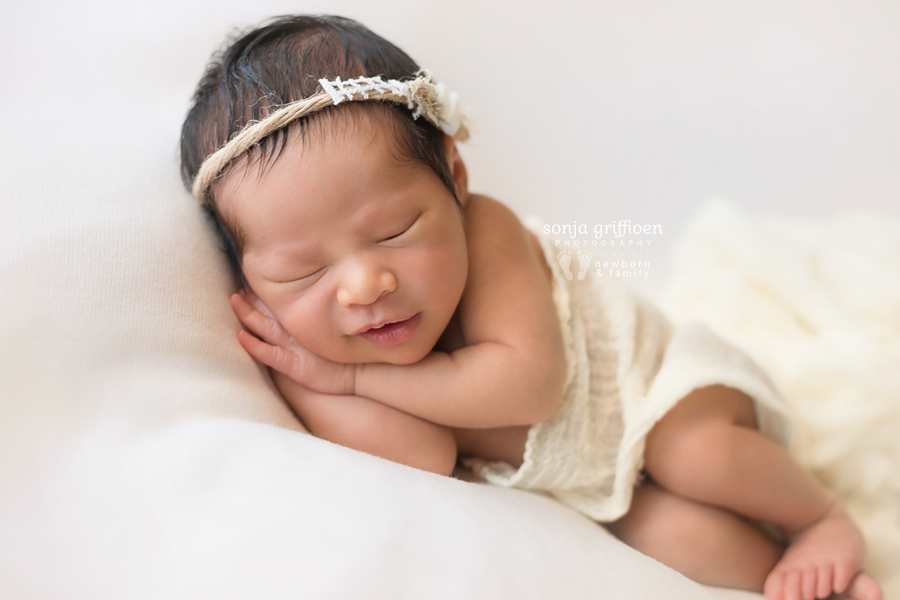 Harriet-Newborn-Brisbane-Newborn-Photographer-Sonja-Griffioen-12.jpg