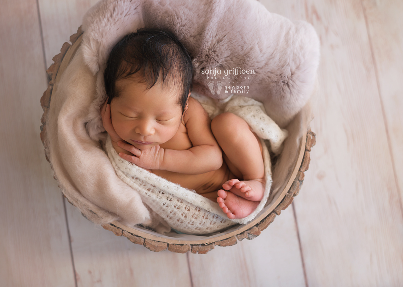 Harriet-Newborn-Brisbane-Newborn-Photographer-Sonja-Griffioen-13.jpg