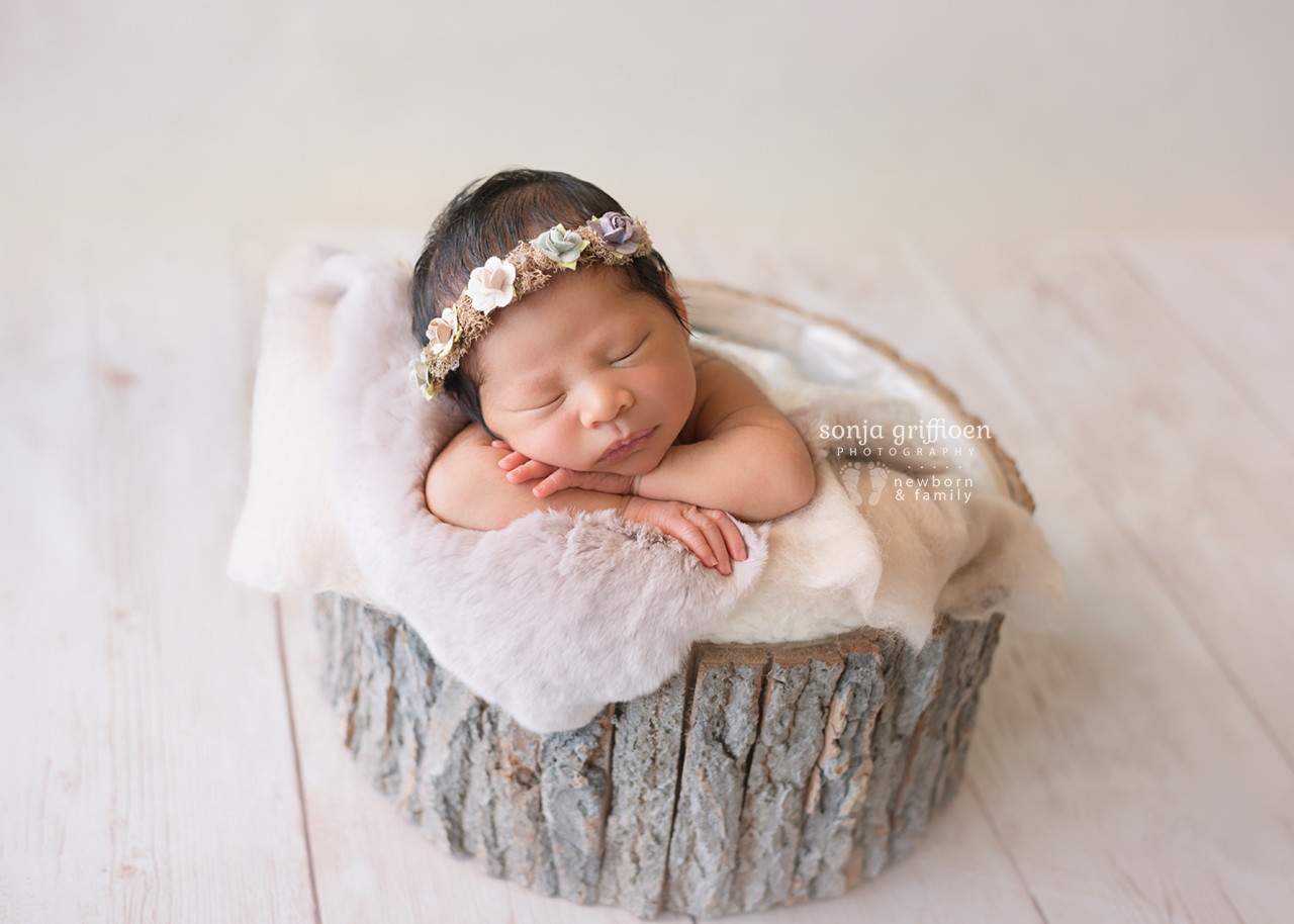 Harriet-Newborn-Brisbane-Newborn-Photographer-Sonja-Griffioen-18.jpg