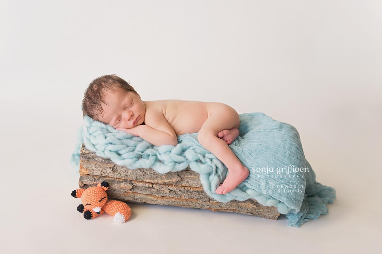 Harry-Newborn-Brisbane-Newborn-Photographer-Sonja-Griffioen-07.jpg