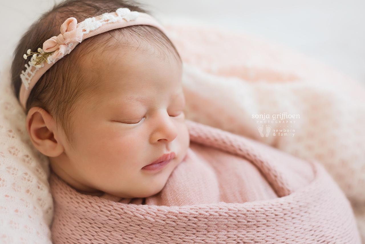 Hazel-Newborn-Brisbane-Newborn-Photographer-Sonja-Griffioen-06.jpg