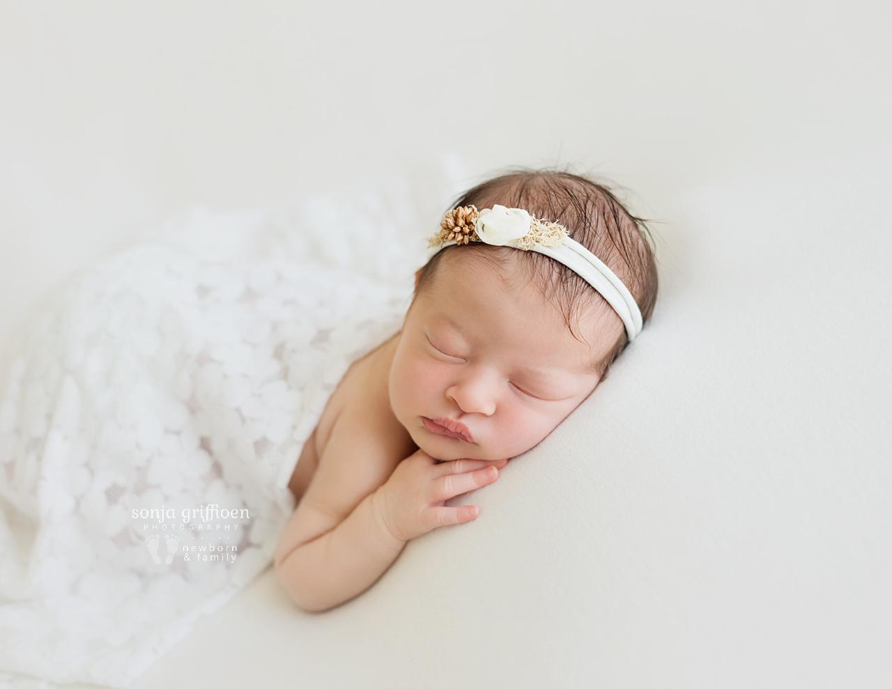 Hazel-Newborn-Brisbane-Newborn-Photographer-Sonja-Griffioen-15.jpg