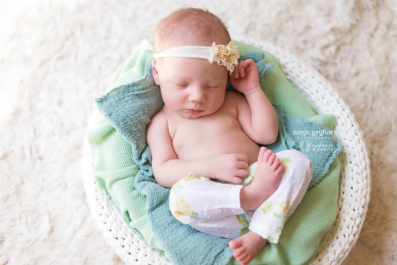 Isabella-Newborn-Brisbane-Newborn-Photographer-Sonja-Griffioen-17.jpg