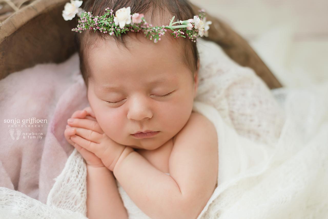 Isabella-Newborn-Brisbane-Newborn-Photographer_Sonja-Griffioen-03.jpg