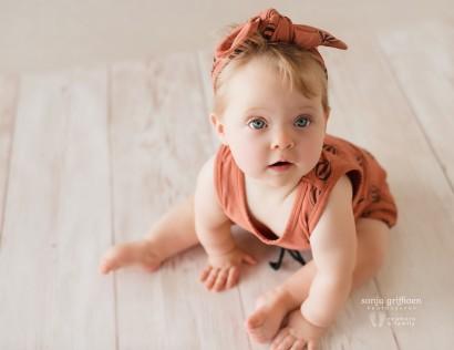 Brisbane milestone session, baby milestones, sitting baby, crawling baby, baby photos Brisbane, Baby growing up photos