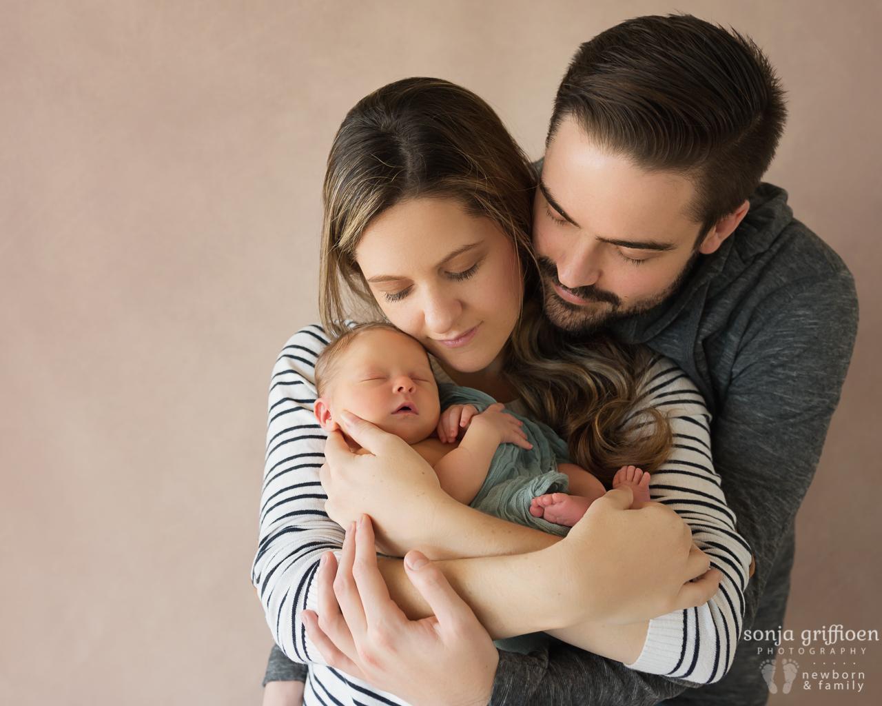 Isabelle-Newborn-Brisbane-Newborn-Photographer-Sonja-Griffioen-02.jpg