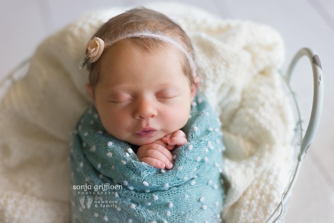 Isabelle-Newborn-Brisbane-Newborn-Photographer-Sonja-Griffioen-15.jpg