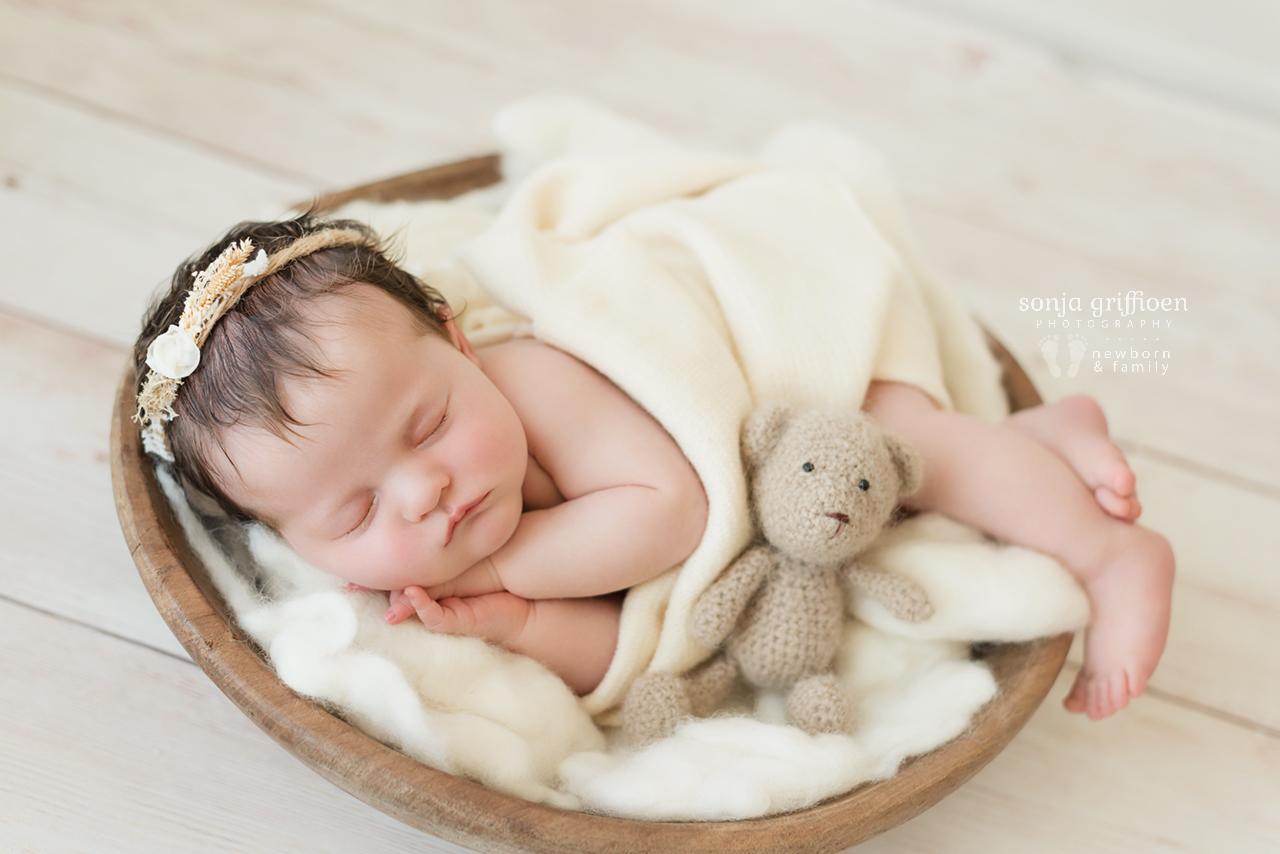 Isla-Newborn-Brisbane-Newborn-Photographer-Sonja-Griffioen-10.jpg