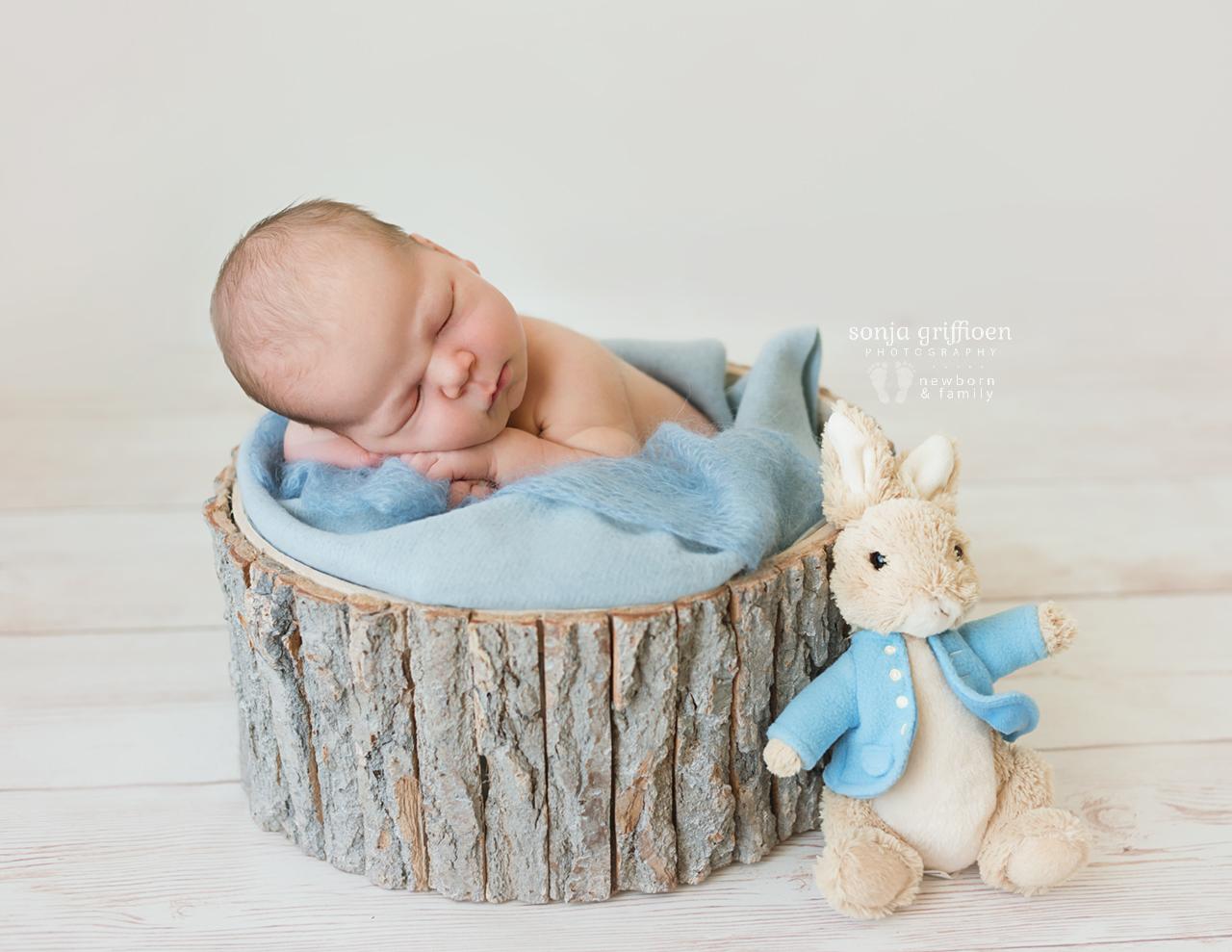 Joshua-Newborn-Brisbane-Newborn-Photographer-Sonja-Griffioen-03.jpg