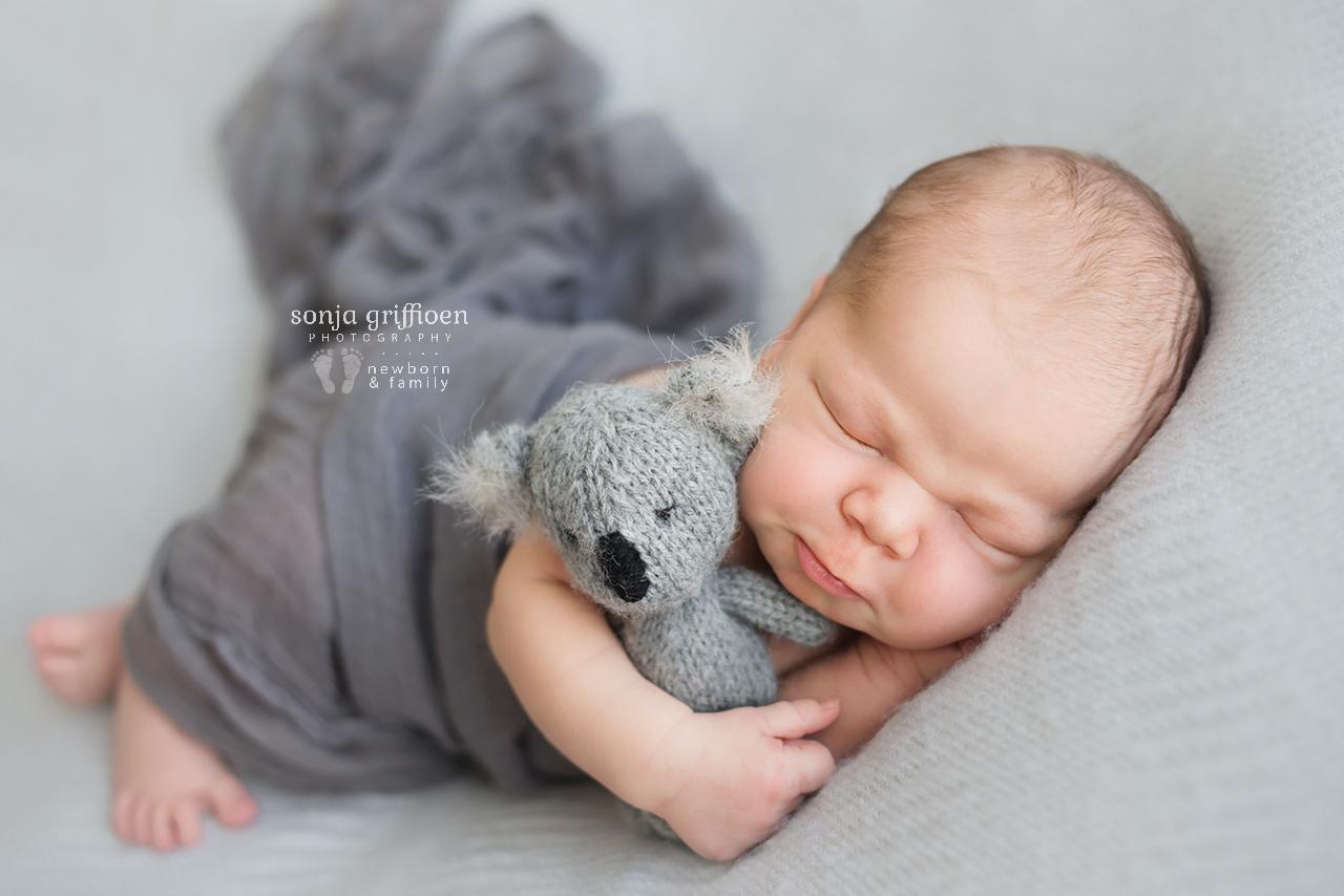 Joshua-Newborn-Brisbane-Newborn-Photographer-Sonja-Griffioen-06.jpg