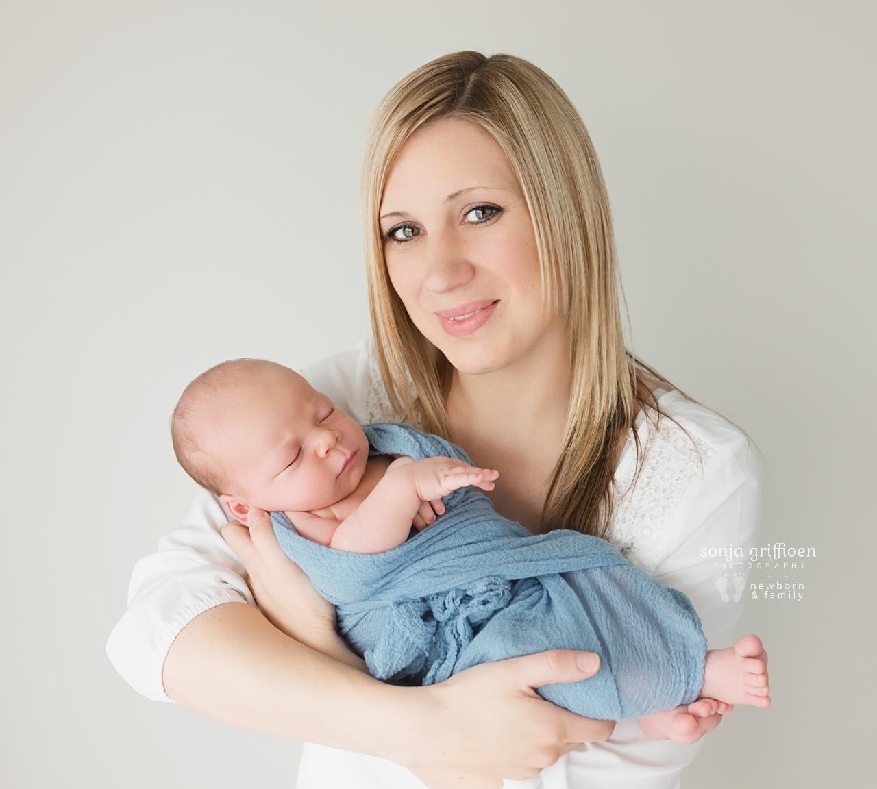 Joshua-Newborn-Brisbane-Newborn-Photographer-Sonja-Griffioen-16.jpg