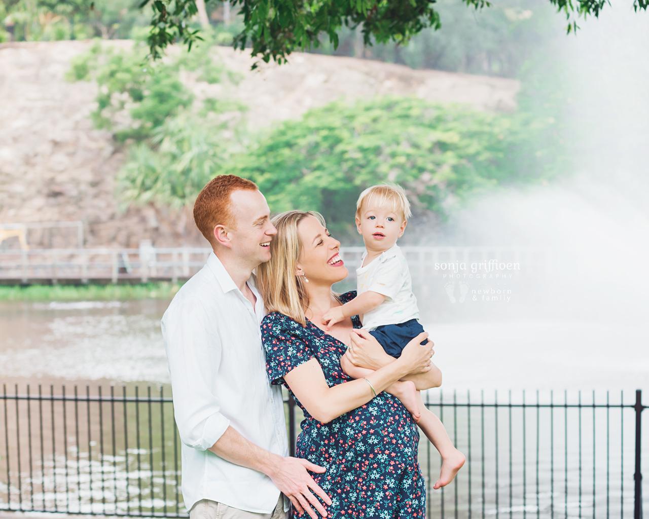 Kim-Maternity-Brisbane-Newborn-Photographer-Sonja-Griffioen-031.jpg
