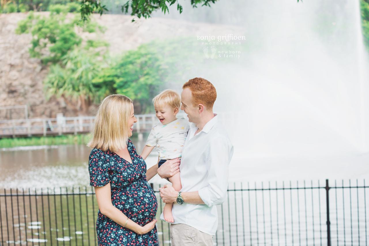 Kim-Maternity-Brisbane-Newborn-Photographer-Sonja-Griffioen-051.jpg