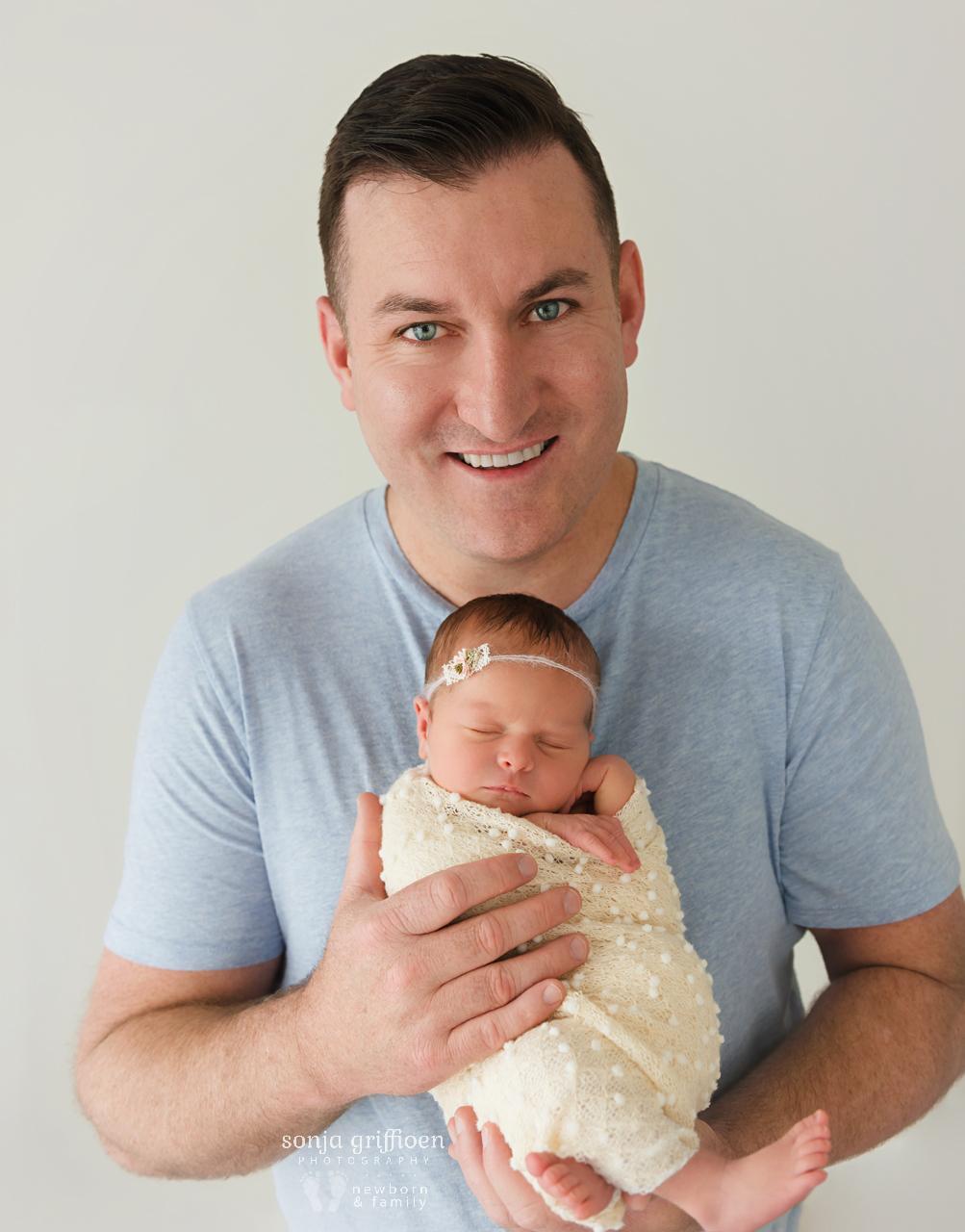 Lara-Newborn-Brisbane-Newborn-Photographer-Sonja-Griffioen-051.jpg