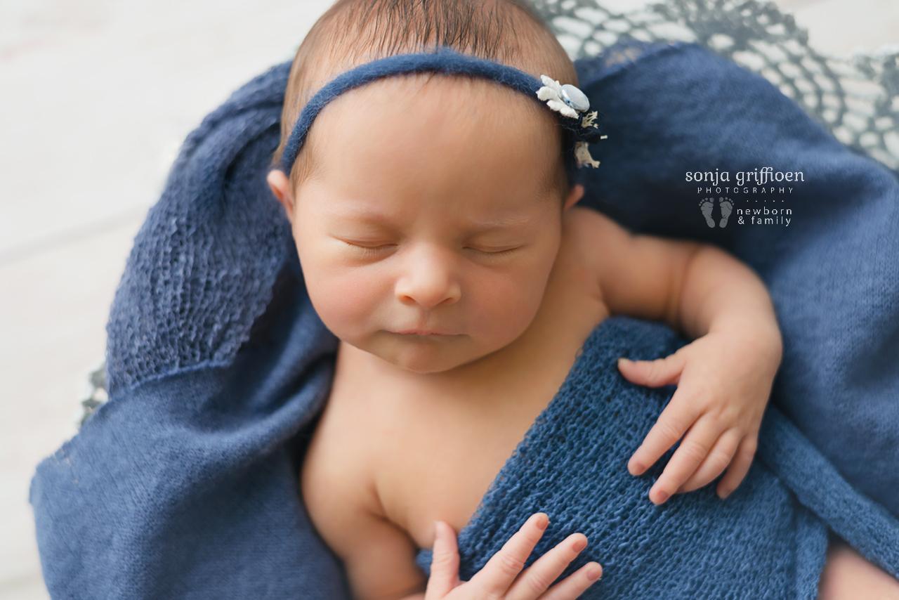 Lara-Newborn-Brisbane-Newborn-Photographer-Sonja-Griffioen-101.jpg