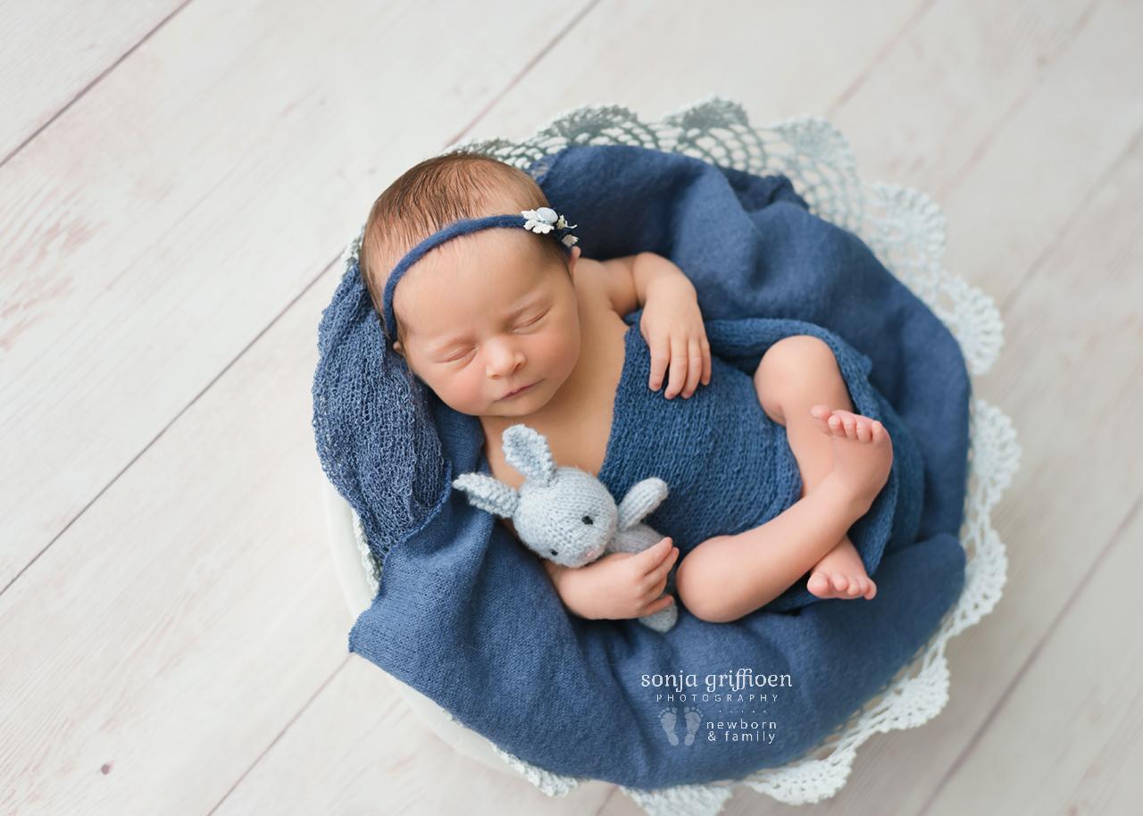 Lara-Newborn-Brisbane-Newborn-Photographer-Sonja-Griffioen-11.jpg