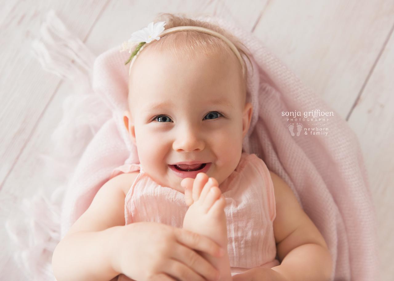 Leia-Daisy-Milestone-Brisbane-Newborn-Photographer-Sonja-Griffioen-03.jpg