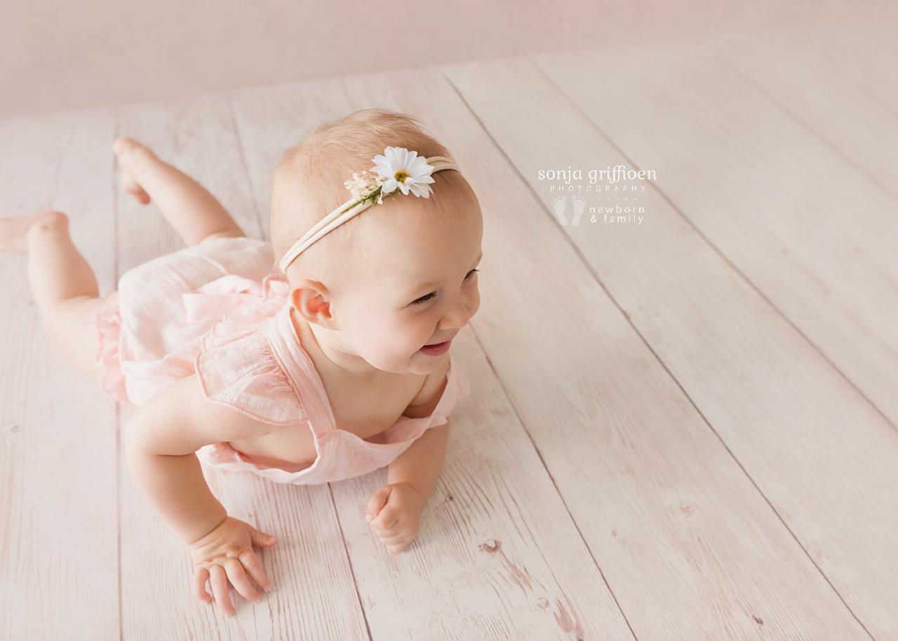 Leia-Daisy-Milestone-Brisbane-Newborn-Photographer-Sonja-Griffioen-06.jpg