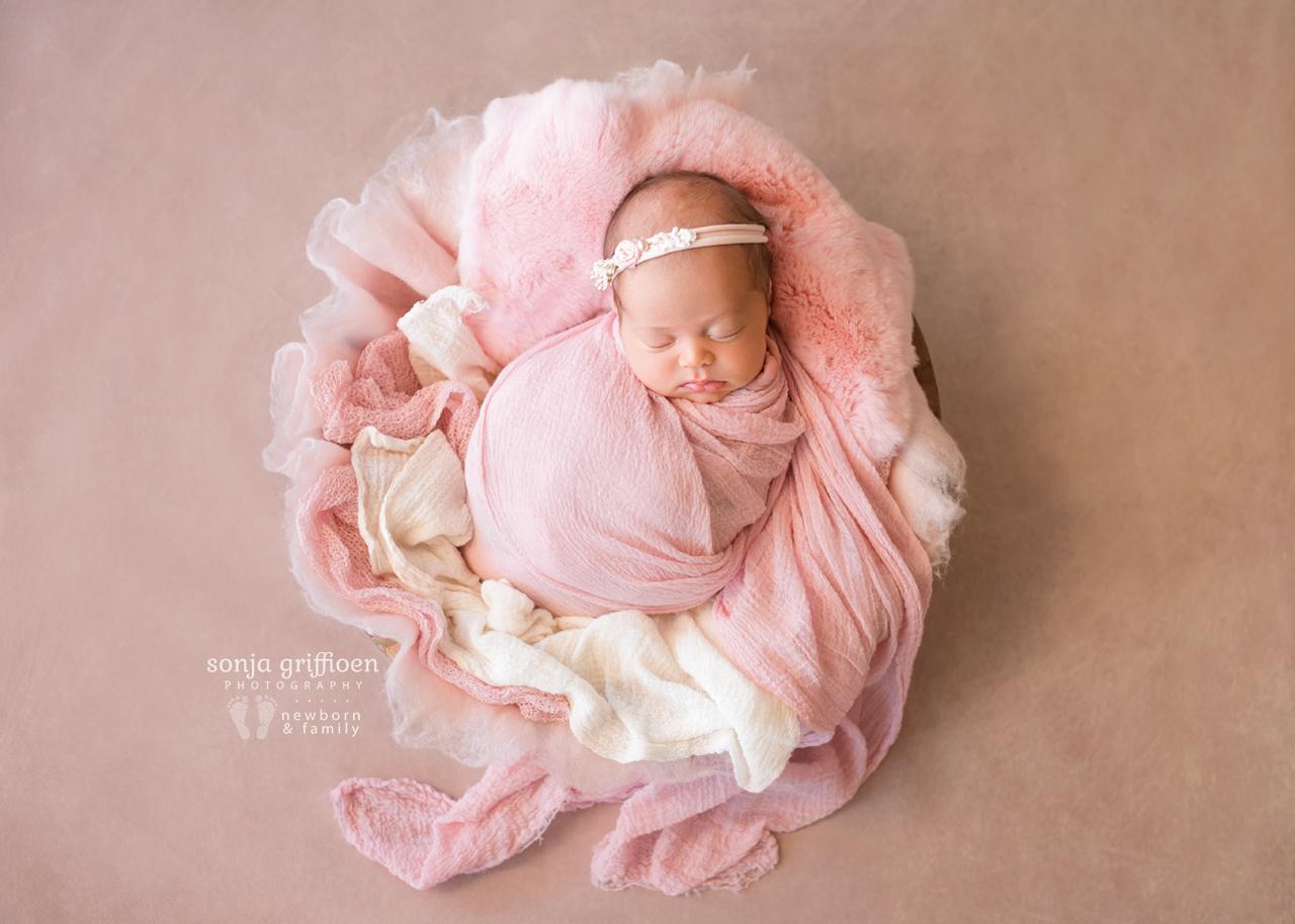 Lilly-Newborn-Brisbane-Newborn-Photographer-Sonja-Griffioen-08.jpg