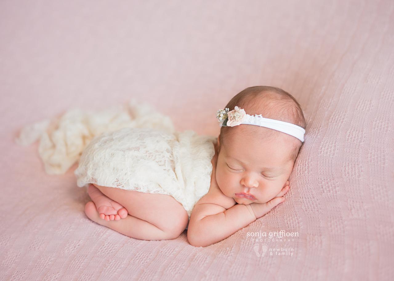 Lilly-Newborn-Brisbane-Newborn-Photographer-Sonja-Griffioen-11.jpg