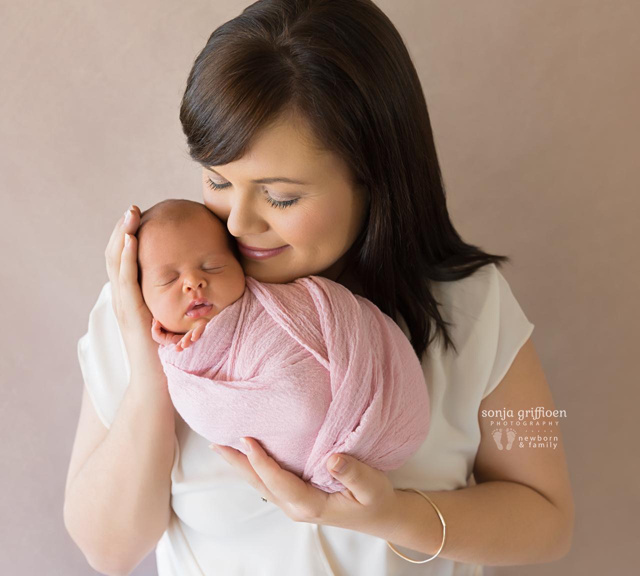 Lilly-Newborn-Brisbane-Newborn-Photographer-Sonja-Griffioen-15.jpg