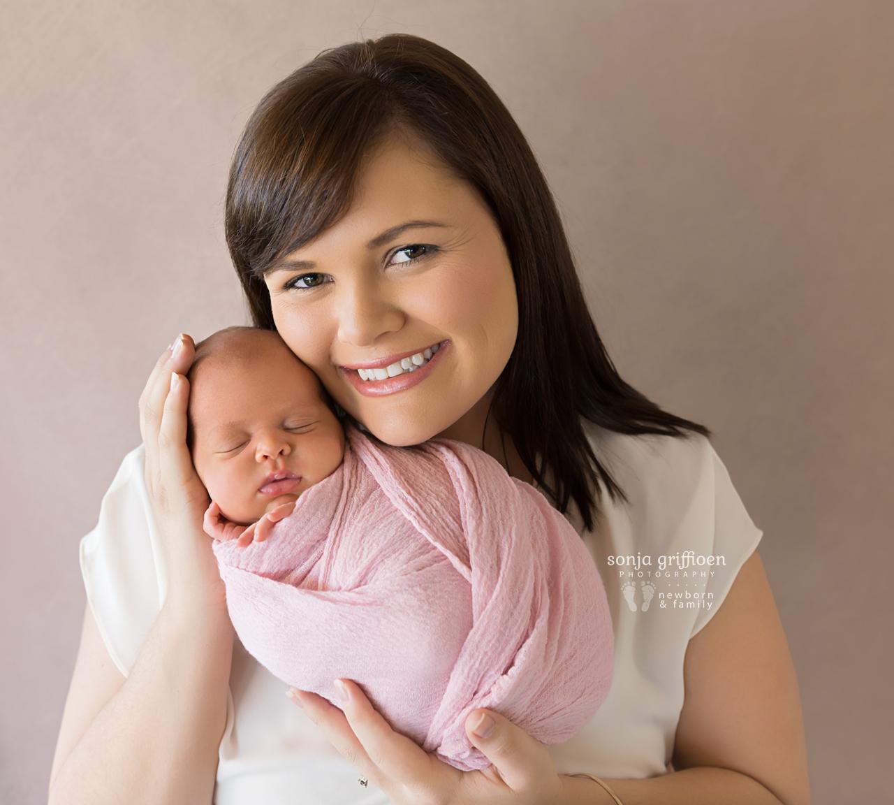 Lilly-Newborn-Brisbane-Newborn-Photographer-Sonja-Griffioen-16.jpg