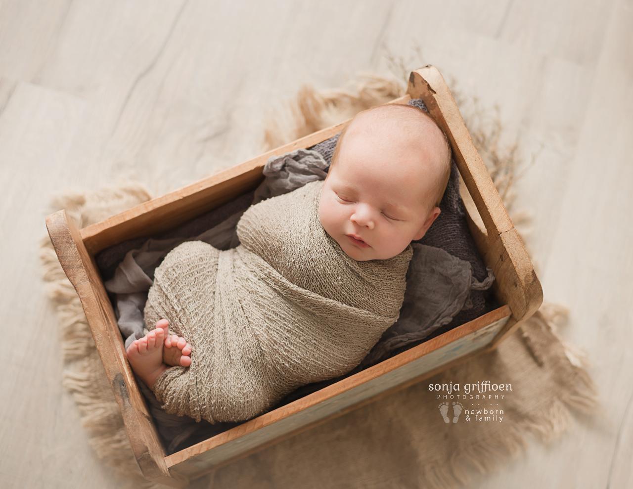 Lincoln-Newborn-Brisbane-Newborn-Photographer-Sonja-Griffioen-03.jpg