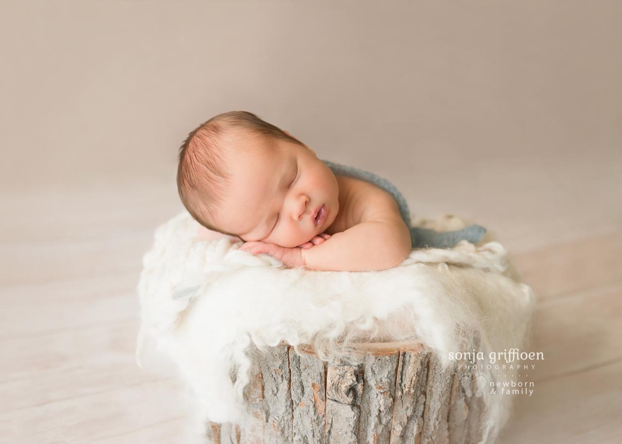 Lukas-Newborn-Brisbane-Newborn-Photographer-Sonja-Griffioen-01.jpg
