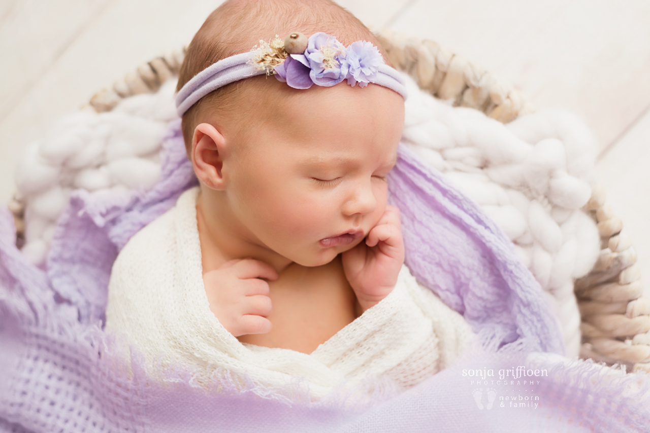 Macey-Newborn-Brisbane-Newborn-Photographer-Sonja-Griffioen-08.jpg