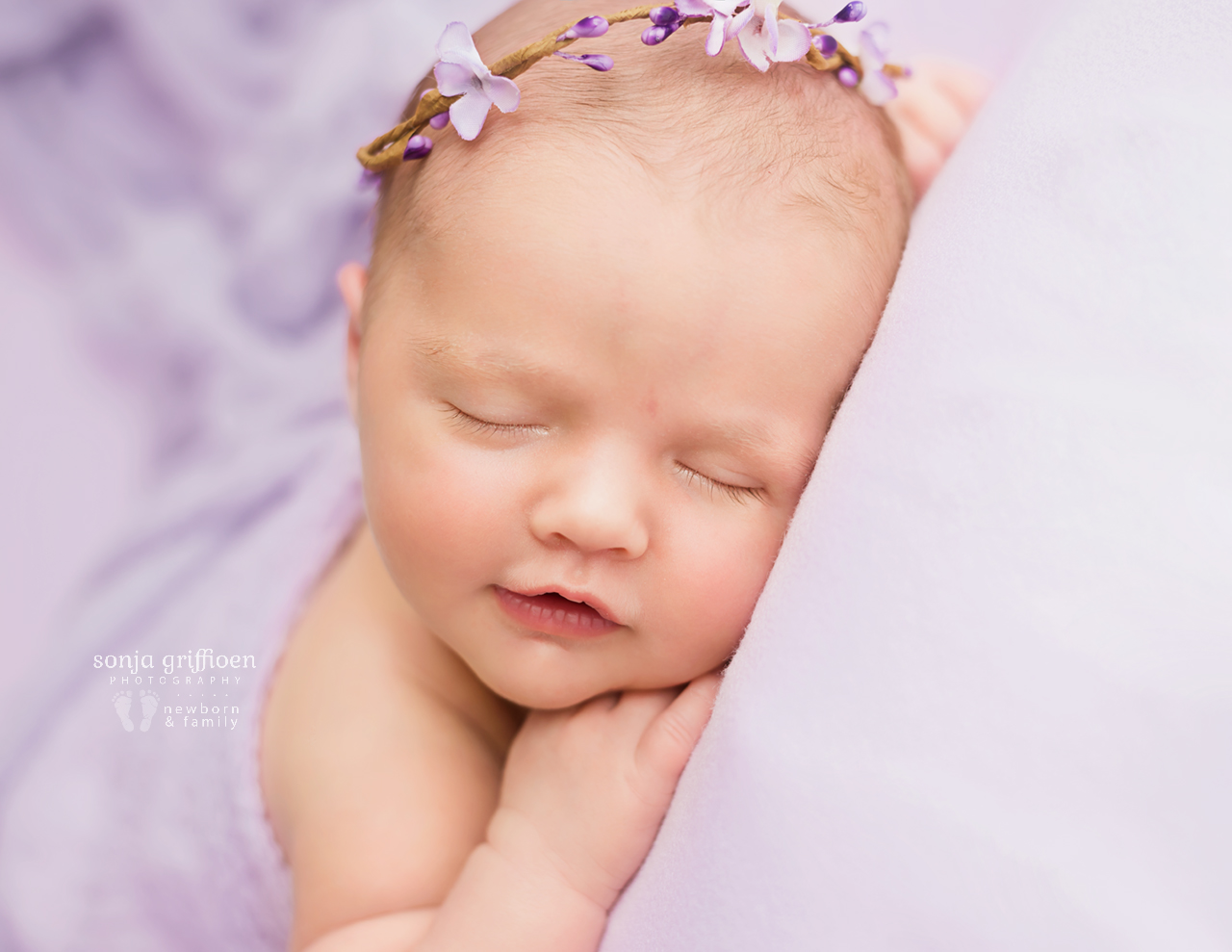 Macey-Newborn-Brisbane-Newborn-Photographer-Sonja-Griffioen-10.jpg