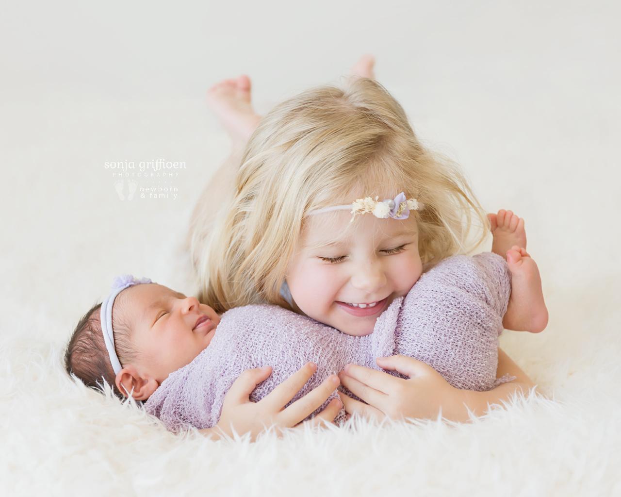 Maple-Rose-Newborn-Brisbane-Newborn-Photographer-Sonja-Griffioen-07.jpg