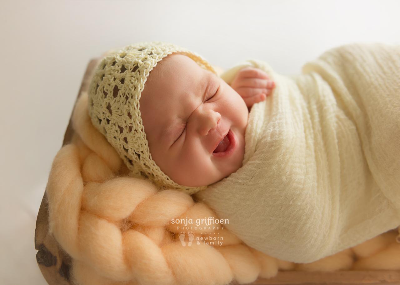Marguerite-Newborn-Brisbane-Newborn-Photographer-Sonja-Griffioen-05.jpg