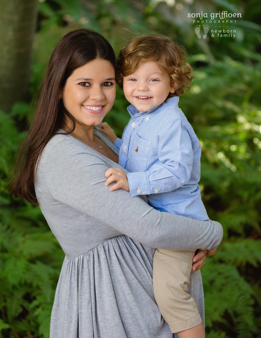 Maria-Maternity-Brisbane-Newborn-Photographer-Sonja-Griffioen-01.jpg