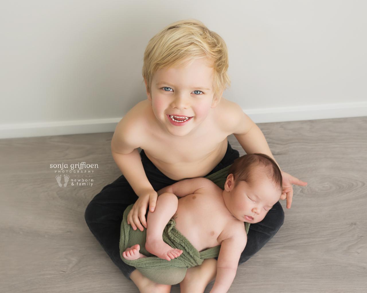 Martien-Newborn-Brisbane-Newborn-Photographer-Sonja-Griffioen-13.jpg