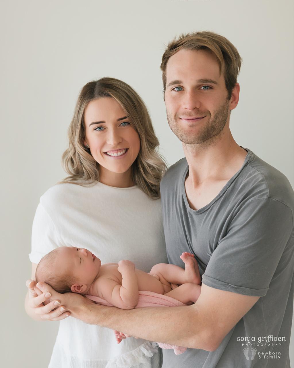 Matilda-Newborn-Brisbane-Newborn-Photographer-Sonja-Griffioen-17.jpg