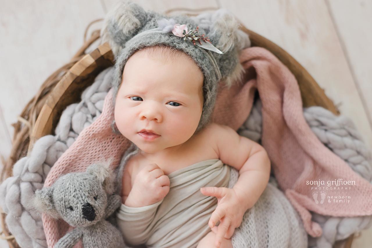 Matilda-Newborn-Brisbane-Newborn-Photographer-Sonja-Griffioen-25.jpg