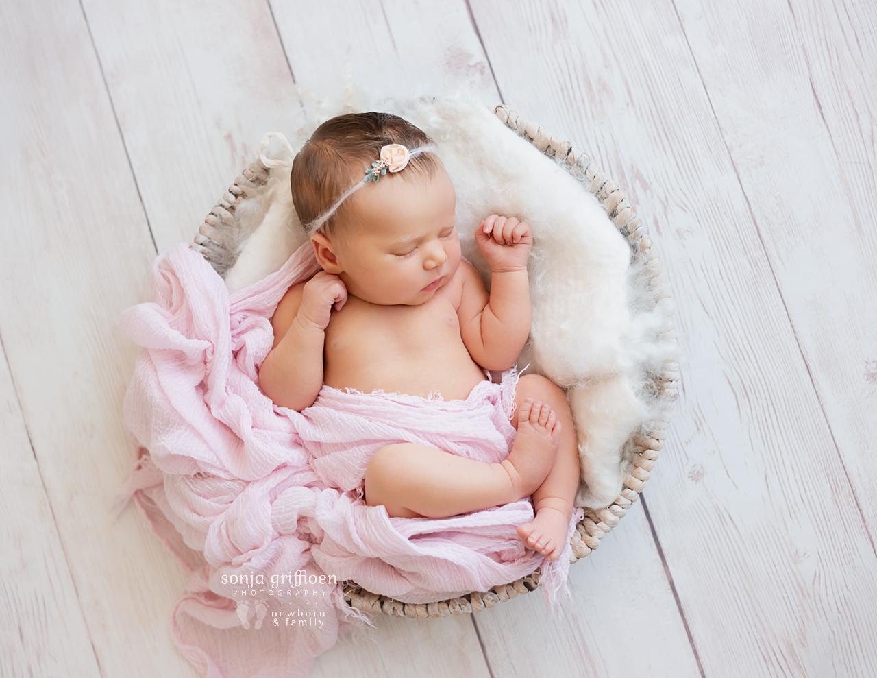 Maya-Newborn-Brisbane-Newborn-Photographer-Sonja-Griffioen-13b.jpg