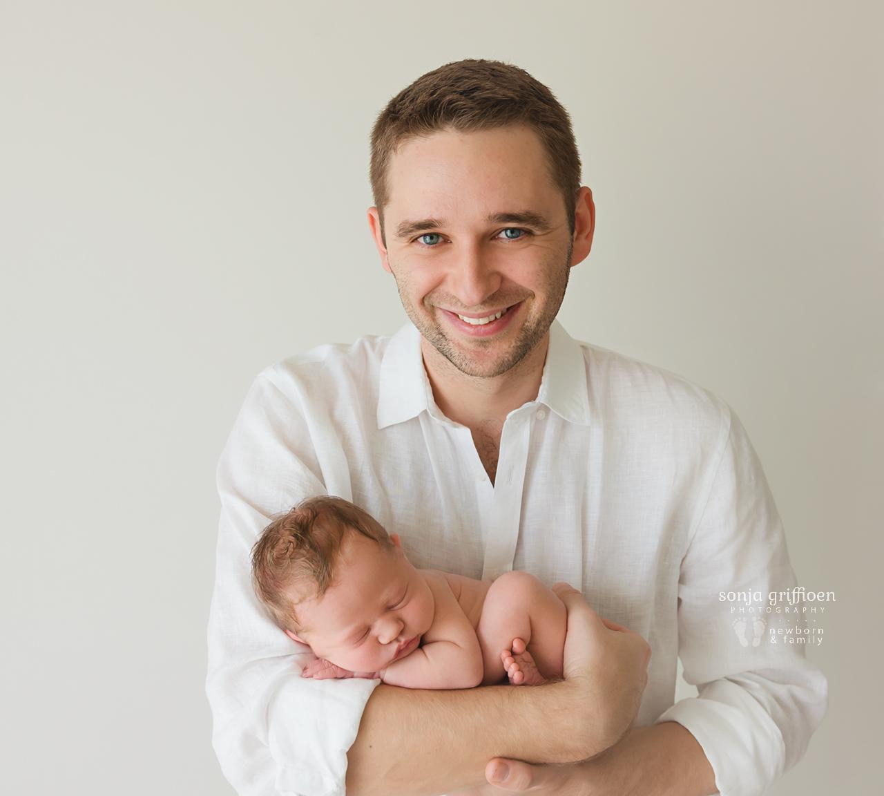 Michelle-Ivy-Newborn-Brisbane-Newborn-Photographer-Sonja-Griffioen-01.jpg