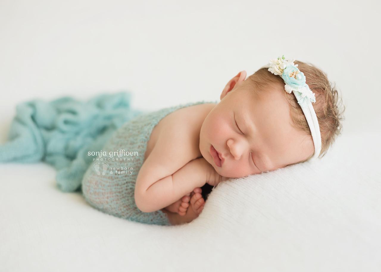 Michelle-Ivy-Newborn-Brisbane-Newborn-Photographer-Sonja-Griffioen-15.jpg