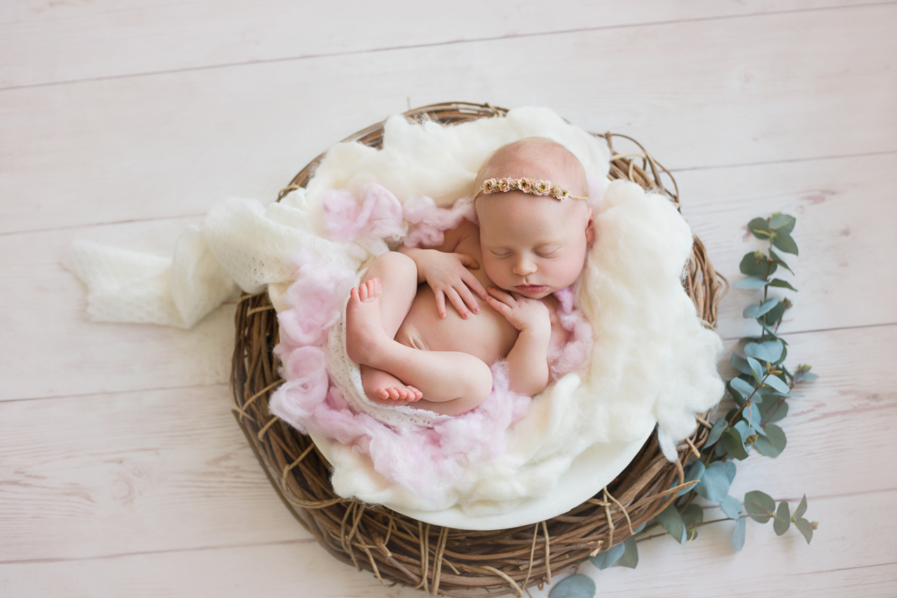 Newborn-Slideshow-Brisbane-Newborn-Photographer-Sonja-Griffioen-ft-09