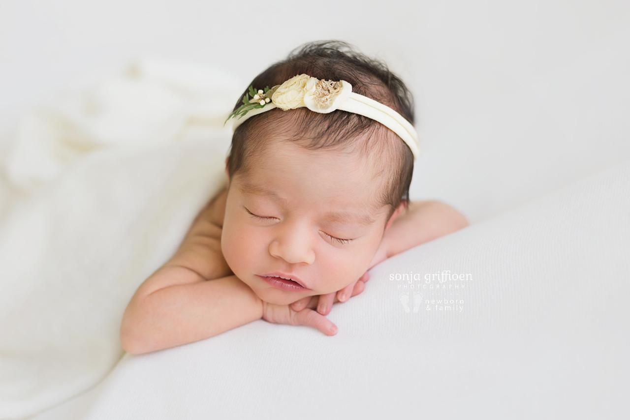 Niamh-Newborn-Brisbane-Newborn-Photographer-Sonja-Griffioen-16.jpg
