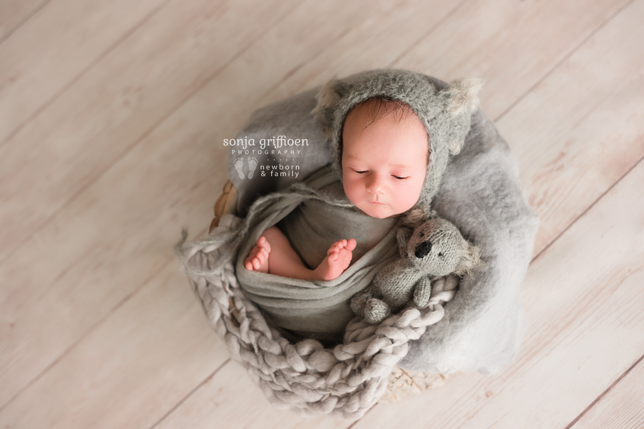 Oliver-Newborn-Brisbane-Newborn-Photographer-Sonja-Griffioen-04.jpg