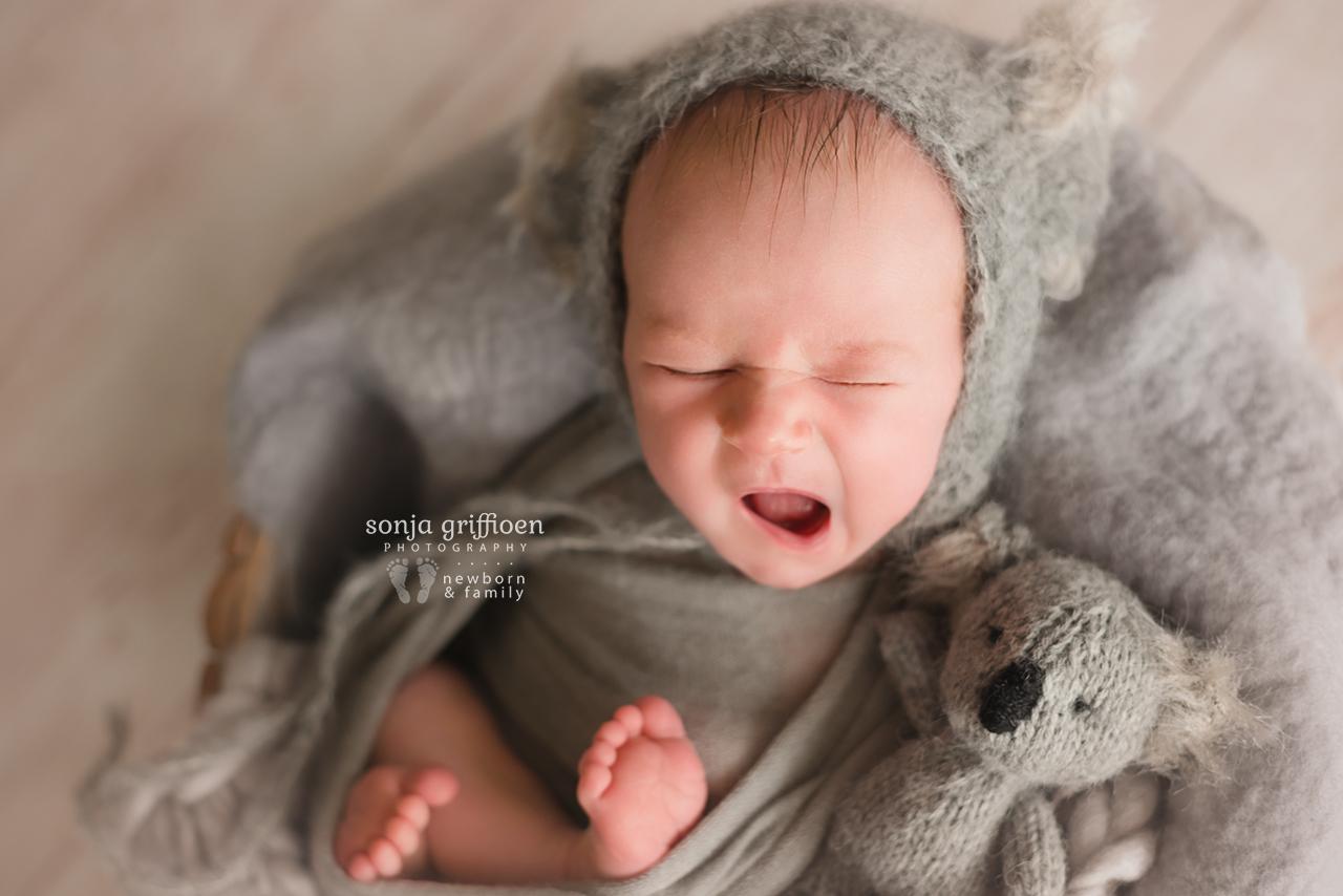 Oliver-Newborn-Brisbane-Newborn-Photographer-Sonja-Griffioen-05.jpg
