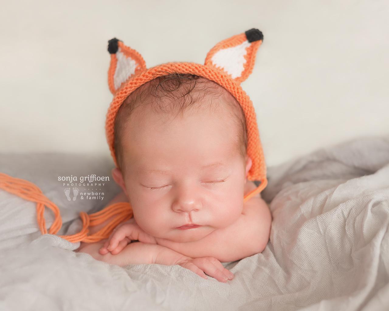 Oliver-Newborn-Brisbane-Newborn-Photographer-Sonja-Griffioen-12.jpg